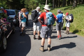 A pre-walk briefing