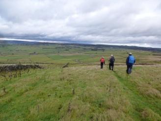 Longstone Edge heading for Wardlow